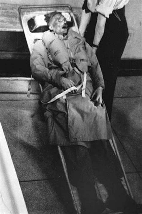 [Photo] The corpse of Glyndŵr Michael fully dressed and