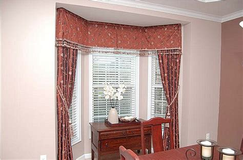 15 Collection of Curtains for Small Bay Windows | Curtain