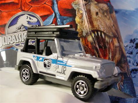 2015 JURASSIC WORLD Mission Force '98 JEEP WRANGLER Silver