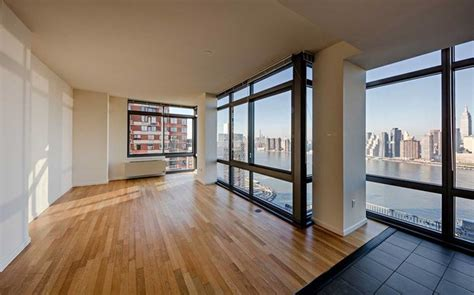 Avalon Riverview Apartments For Rent in Long Island City